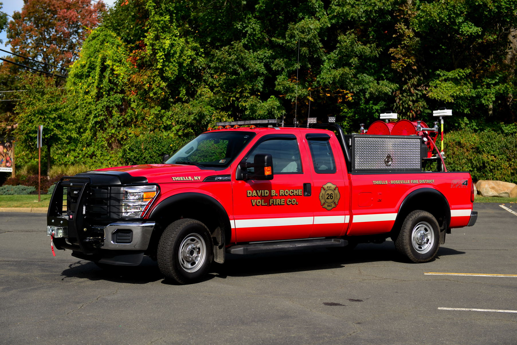 Ford Expedition 2004 Current Apparatus | Thiells Fire Department 26